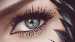 How harmful dyeing eyelashes in the salon
