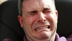 Почему люди плачут без причины