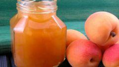 Варенье из абрикосов с ядрами, добытыми из косточек