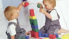 Какие игрушки нужны детям в 11-12 месяцев