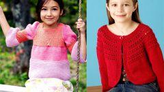 Кофта вязаная для девочки: отличная повседневная одежда