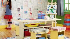 Выбор материалов для детской комнаты: обои или краска