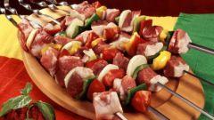 Сколько нужно мариновать мясо для шашлыка или барбекю