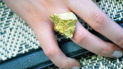 Как сделать украшение из декоративных камней