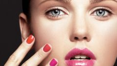 How to choose a color of nail Polish