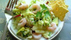 Как приготовить салат из креветок с яблоками