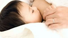 Как кормить ребенка ночью