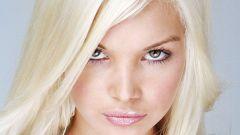 Какой макияж сделать блондинке с зелеными глазами