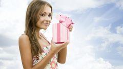 Какой подарок сделать девочке 15 лет