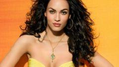 Желтое платье: выбираем макияж