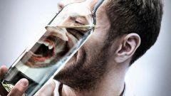 Почему у алкоголиков всегда опухшие лица