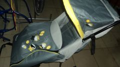 Санки-коляска – лучший зимний транспорт для самых маленьких
