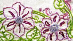 Как украсить майку вышивкой