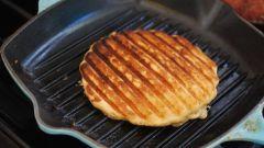 Можно ли дома приготовить вафли без вафельницы