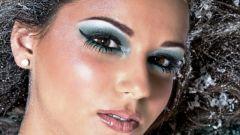 Как сделать макияж с блестками