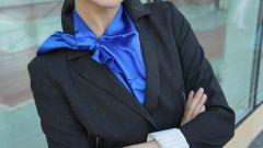 Французская косынка: как правильно завязывать и с чем носить