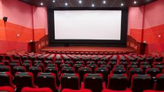 В каких кинотеатрах Москвы можно смотреть фильмы с субтитрами