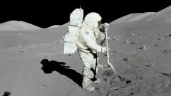 Зачем космонавту скафандр