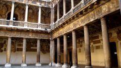 В каком европейском городе появился первый Университет