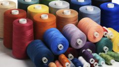 Из чего делают нитки для шитья
