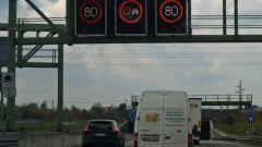 Какие типы дорожных знаков существуют