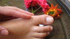 Что делать, если ноготь на ноге оторвался?