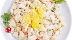 Как сделать салат с ананасами