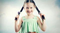 Как заплести косички на детских волосах