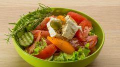 Рецепты салатов с сыром брынза и оливками