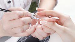 Видеоинструкция по ремонту ногтей шелком