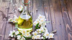 Масло жасмина: полезные свойства, применение