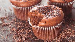 Нежный десерт: шоколадно-банановые маффины. Рецепт с фото