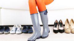 Резиновые сапоги - излюбленная обувь модниц в сырую погоду