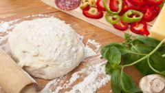 Быстрое тесто для пиццы на сметане