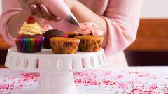 Как украсить сладкую выпечку? Кондитерский мешок своими руками