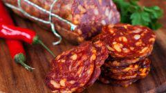 Колбаса и колбасные изделия: сколько вредных веществ мы съедаем с вкусным продуктом?