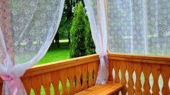 Правильно выбираем шторы для балкона