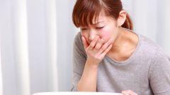 Симптомы пищевого отравления. Оказание первой помощи, лечение
