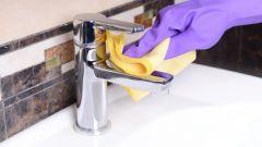 Чем лучше чистить ванную?