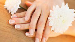 Что делать, если слоятся ногти? Советы и рецепты