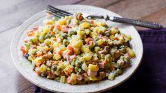 Сборник популярных рецептов салатов с зеленым горошком