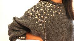 Как украсить свитер своими руками