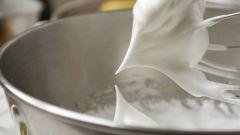 How to whip egg whites for meringue