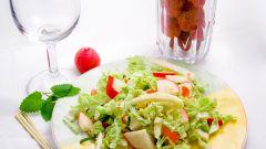 Как приготовить салат из редиса с яйцом