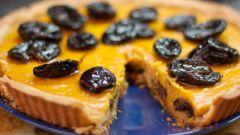 Как приготовить пирог с черносливом