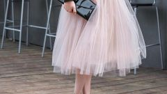 Как носить юбки миди