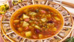 Как приготовить фасолевый суп с колбасой