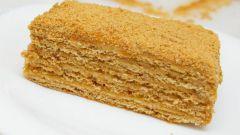 """Как приготовить торт """"Рыжик"""" со сметанным кремом"""