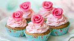 Top 10. The most delicious toppings for cupcakes