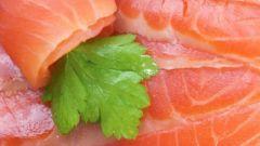 """Салат с красной рыбой """"Сочный"""""""